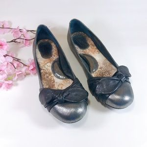 Born Molly Metallic Silver Black Ballet Flat Sz 7